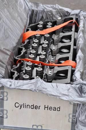 NEW CATERPILLAR C15 ACERT CYLINDER HEAD